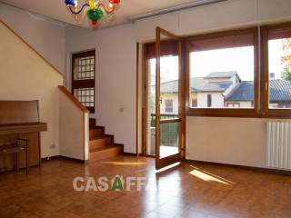 Photo - Terraced house via per Curnasco, Canovine, Bergamo