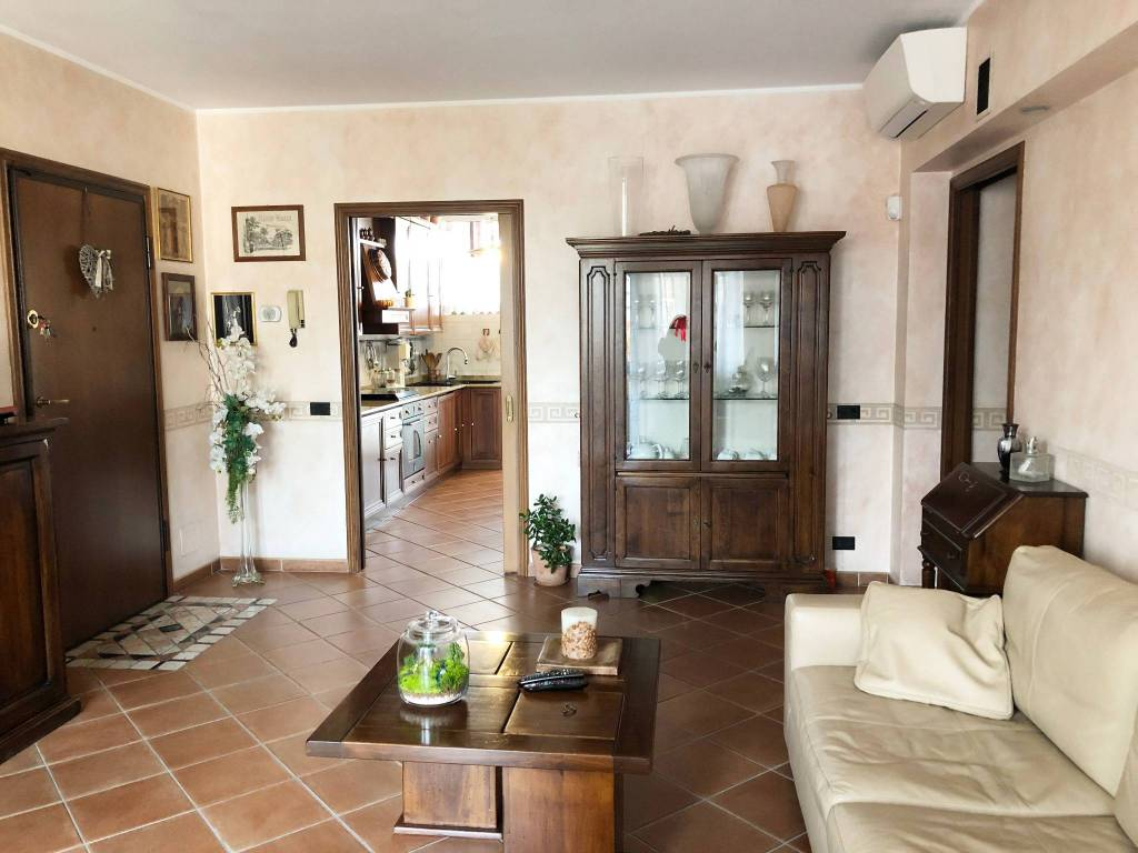 foto appartamento-novate-vende Quadrilocale via Bollate 71, Novate Milanese
