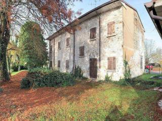 Photo - Country house, to be refurbished, 185 sq.m., Roncoferraro