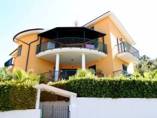 Photo - Single family villa, good condition, 400 sq.m., Colonnella