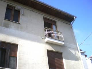 Foto - Trilocale via Giovanni Giolitti, Trofarello