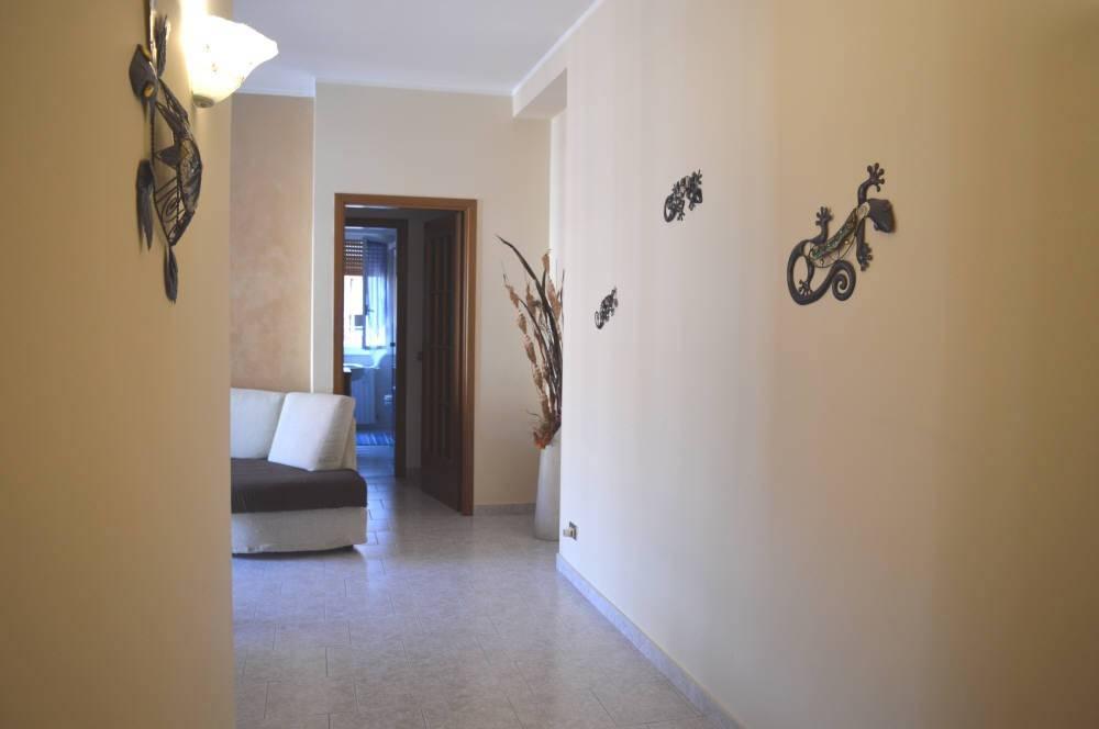 foto Ingresso Двухкомнатная квартира via Andrea Doria 2, Nova Milanese