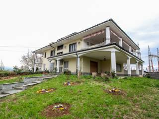 Photo - 3-room flat via Giovanni Chiarabaglio 4, Favria