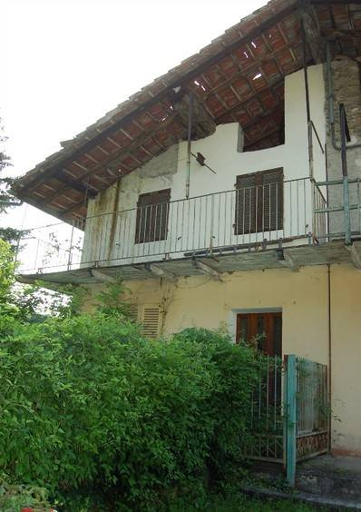 foto  Country house, to be refurbished, 135 sq.m., Susa