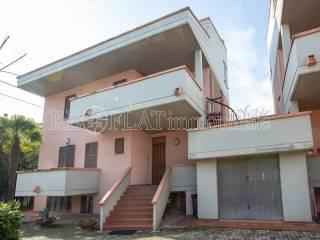 Photo - Apartment in villa via Polonia, Monte Urano