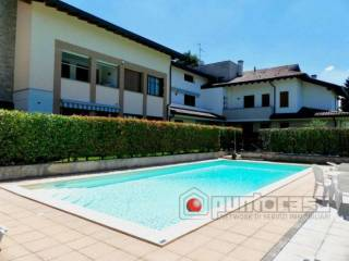 Фотография - Трехкомнатная квартира via villaggio dei Pini  25-c, Usmate Velate