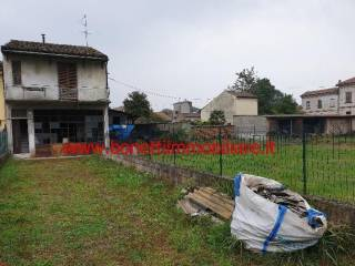 Photo - Single-family townhouse 115 sq.m., to be refurbished, Capergnanica