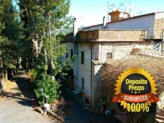 Photo - Building Hills 1, Campagnano di Roma