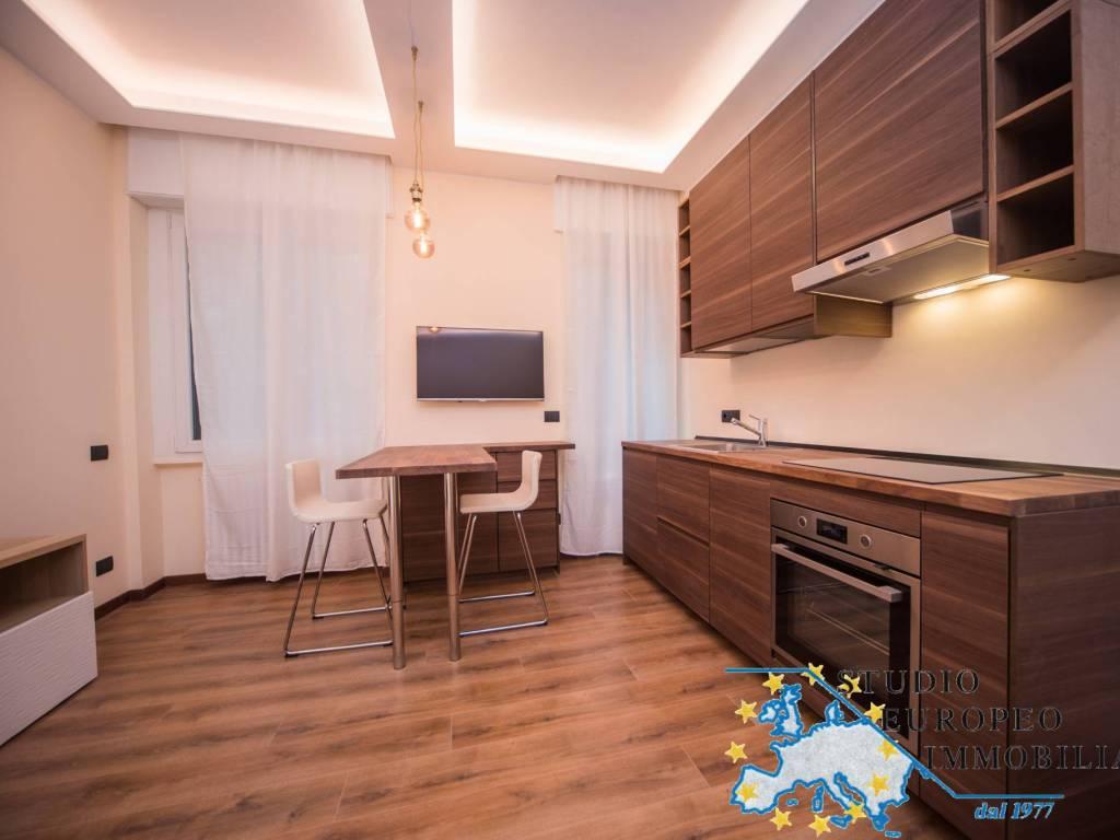 Vendo Divano Letto Milano.Vendita Appartamento Milano Monolocale In Largo Celestino