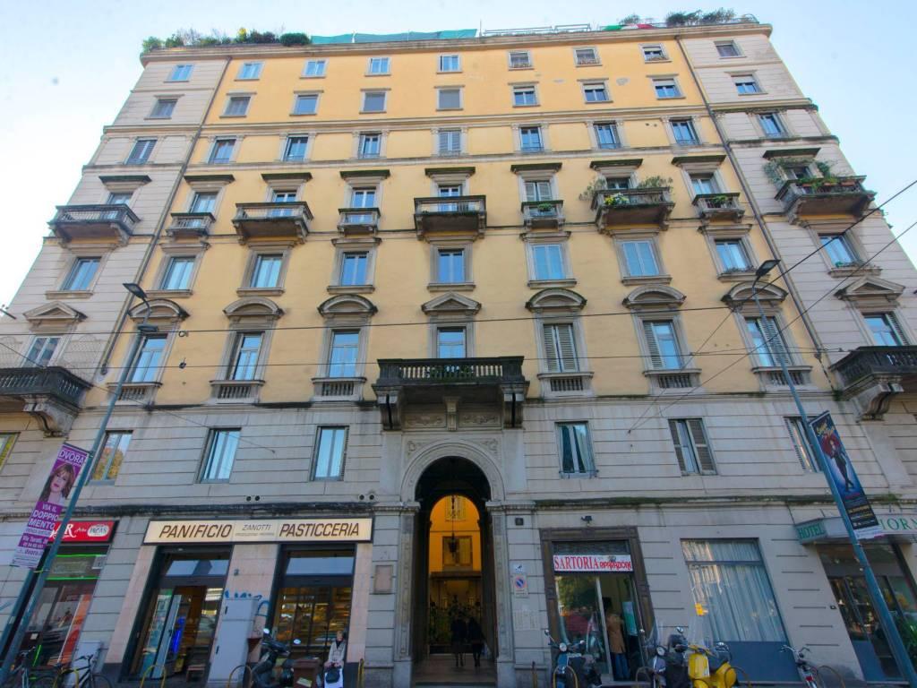 foto facciata Двухкомнатная квартира piazza 5 Giornate 6, Milano