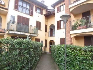 Photo - 3-room flat via Lombardia 10, Motta Visconti