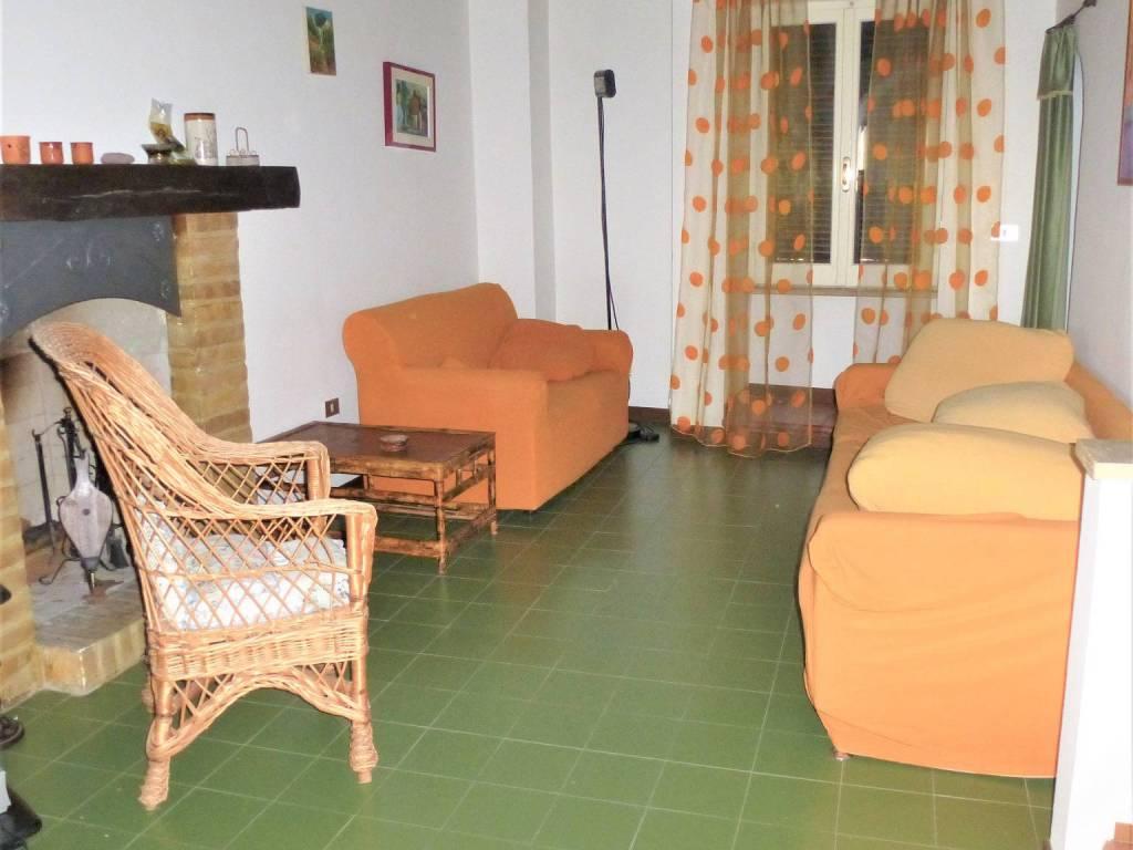 foto Soggiorno Single-family townhouse 100 sq.m., excellent condition, Tortoreto