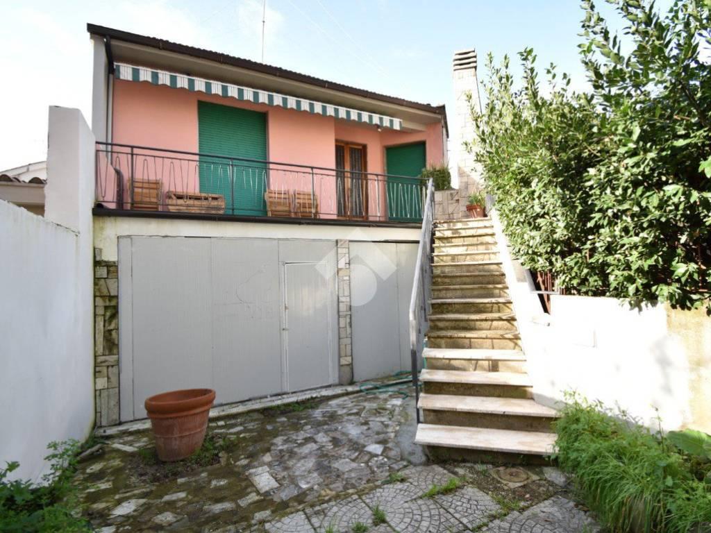foto Terratetto Building via Filippo degli Ugoni, Firenze