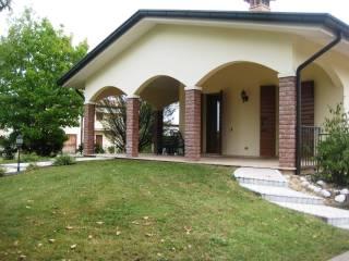 Foto - Villa unifamiliare Strada delle Calleselle, Moriago della Battaglia