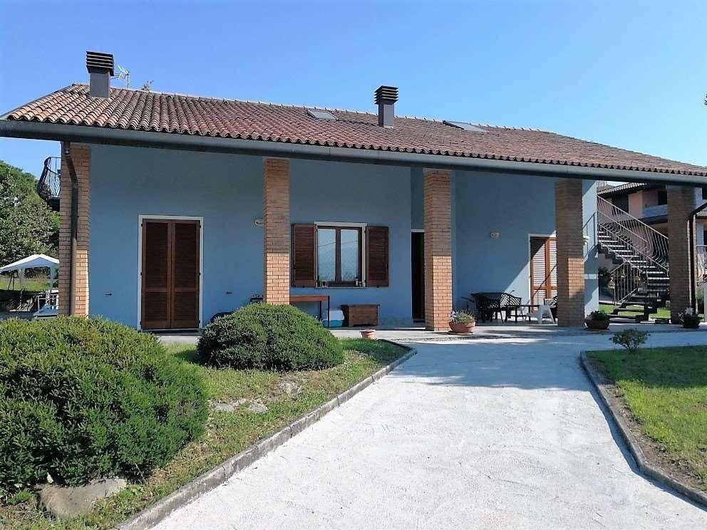 foto  Villa unifamiliare via roma, 22, Cadrezzate con Osmate
