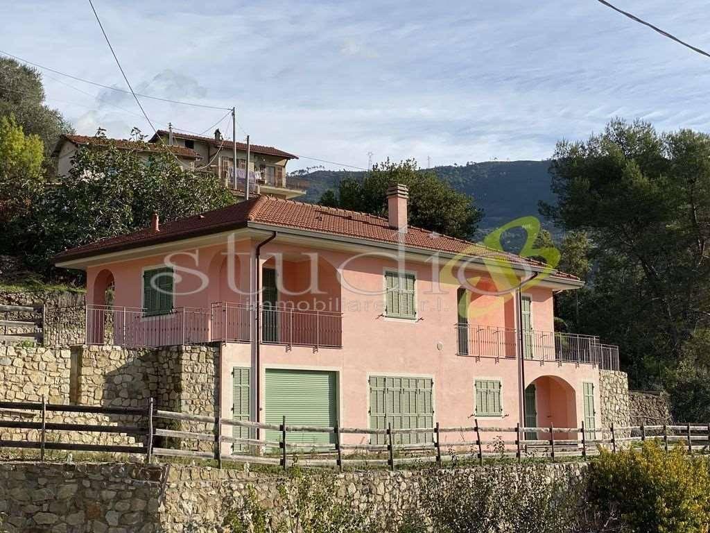 foto  Villa unifamiliare, nuova, 195 mq, Soldano