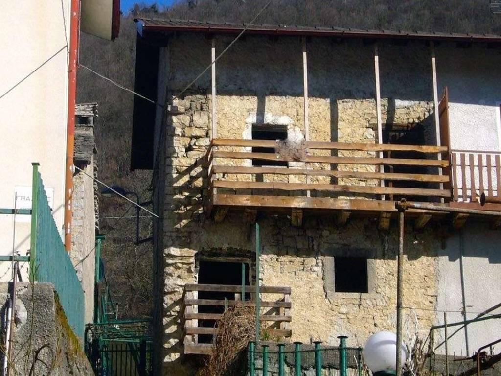 foto  Country house via Pagafone, Locatello