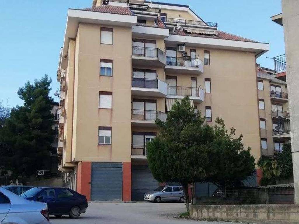 foto  4-room flat via Mazzini, 17, San Cataldo