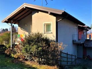 Foto - Villa bifamiliare via Sasso della Pedana, 3, Sesto Calende