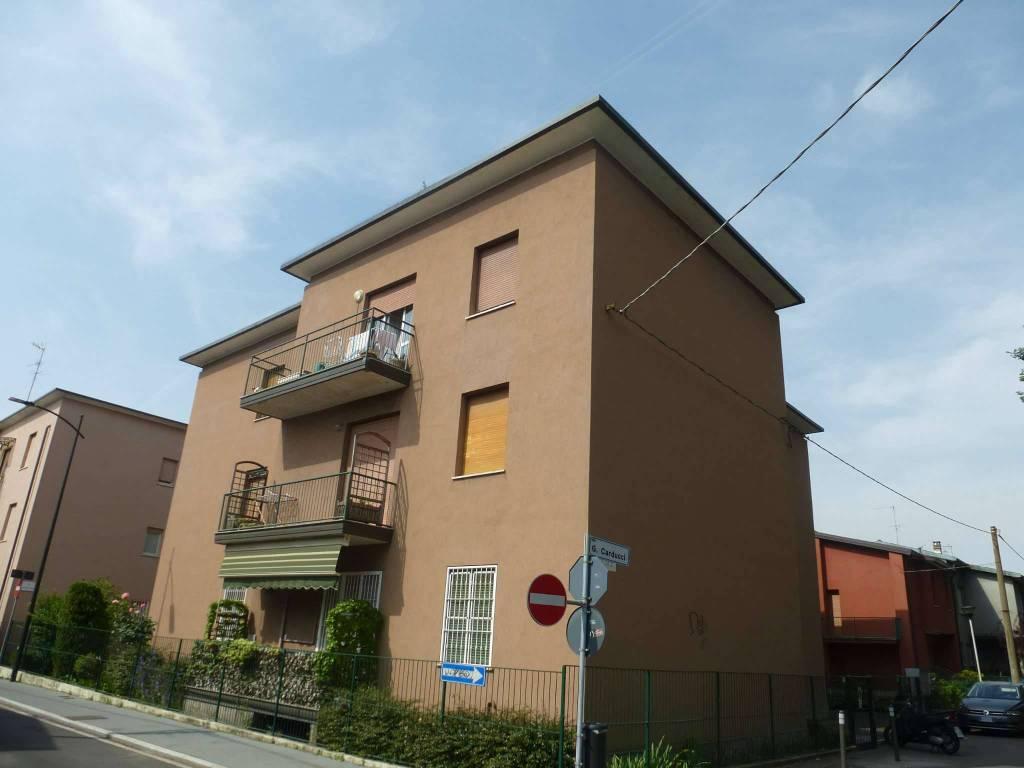 foto  Trilocale via Carducci, Novate Milanese