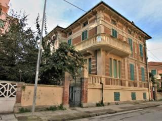 Foto - Casa indipendente via Damiano Chiesa, Porto San Giorgio