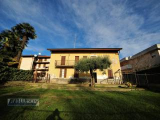 Photo - 4-room flat via M  Monti, Casnate con Bernate
