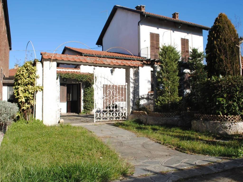 foto ingresso Villa unifamiliare vicolo San Pietro 5, Cambiano