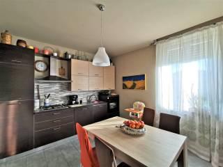 Photo - 3-room flat Strada Cinzano 23, Cinzano, Santa Vittoria d'Alba