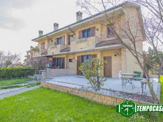 Photo - Terraced house 3 rooms, excellent condition, Paderno Dugnano
