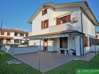 Photo - Terraced house via Eugenio Curiel 6, Dresano