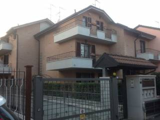 Photo - Terraced house 4 rooms, Pioltello