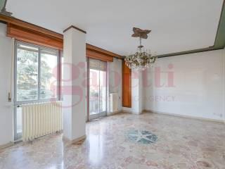 Фотография - Четырехкомнатная квартира via Don Primo Mazzolari, Mariano Comense