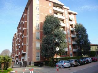 Photo - 3-room flat via Cristoforo Colombo, Saronno