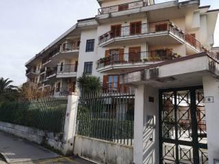 Foto - Quadrilocale via Raffaele Delcogliano, Benevento
