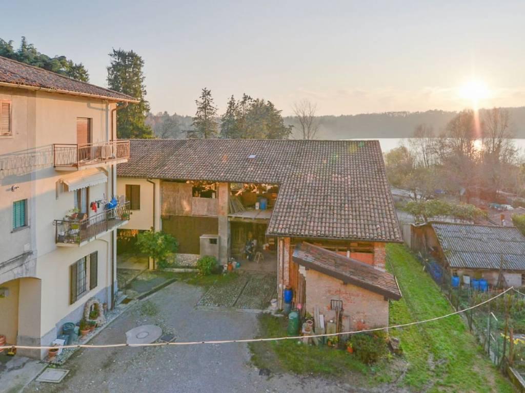 foto Facciata Отдельный дом на одну семью via Como 7, Montorfano