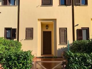 Foto - Appartamento in villa via Santo Spirito, Castel Gandolfo