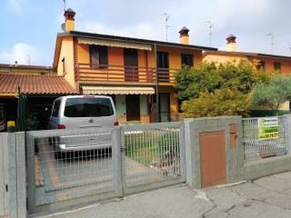 Photo - Terraced house via Luigi Einaudi, Caravaggio