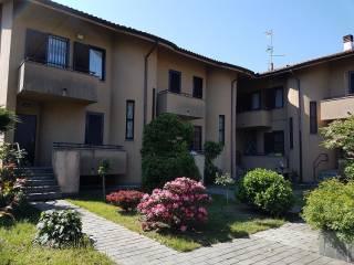 Foto - Villa a schiera via Papa Giovanni XXIII, Vanzago