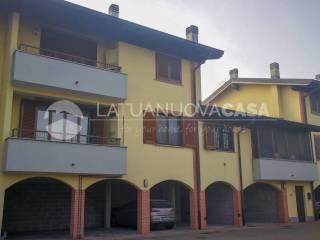 Photo - 3-room flat via Corte Palazzo 13, Vernate