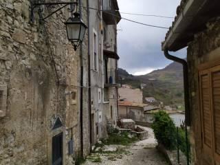 Foto - Trilocale via Leonardo di Loreto, Barrea