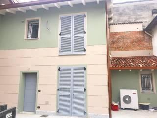 Photo - Multi-family villa via Ottavio Steffenini 32, San Colombano al Lambro