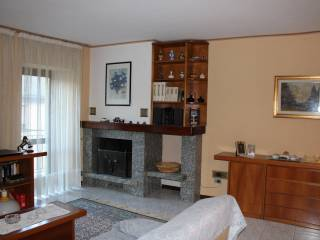 Photo - 4-room flat via Valenti 67, Talamona