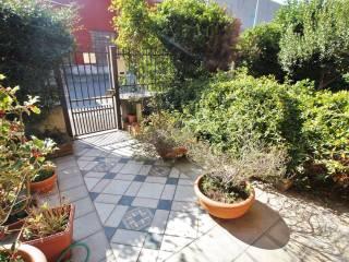 Photo - Terraced house via Salmoiraghi, Flora, Legnano