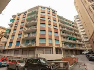 Photo - 3-room flat via Michele Erede 43, Sestri Ponente, Genova