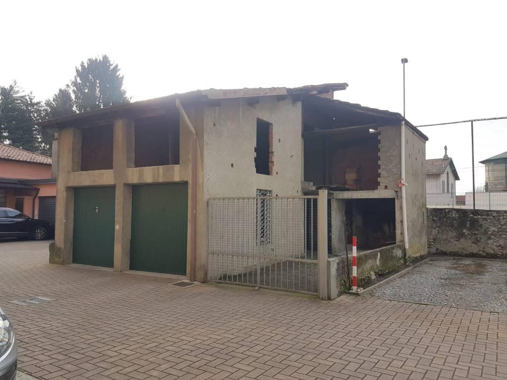 foto facciata Country house, to be refurbished, 130 sq.m., Olgiate Comasco