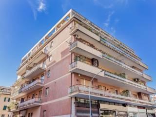 Foto - Appartamento via degli Orti della Farnesina, Vigna Clara - Vigna Stelluti, Roma