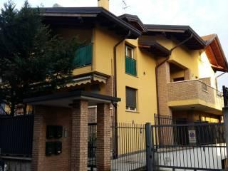 Photo - 4-room flat via Lorenzo Meroni, Garbagnate Milanese