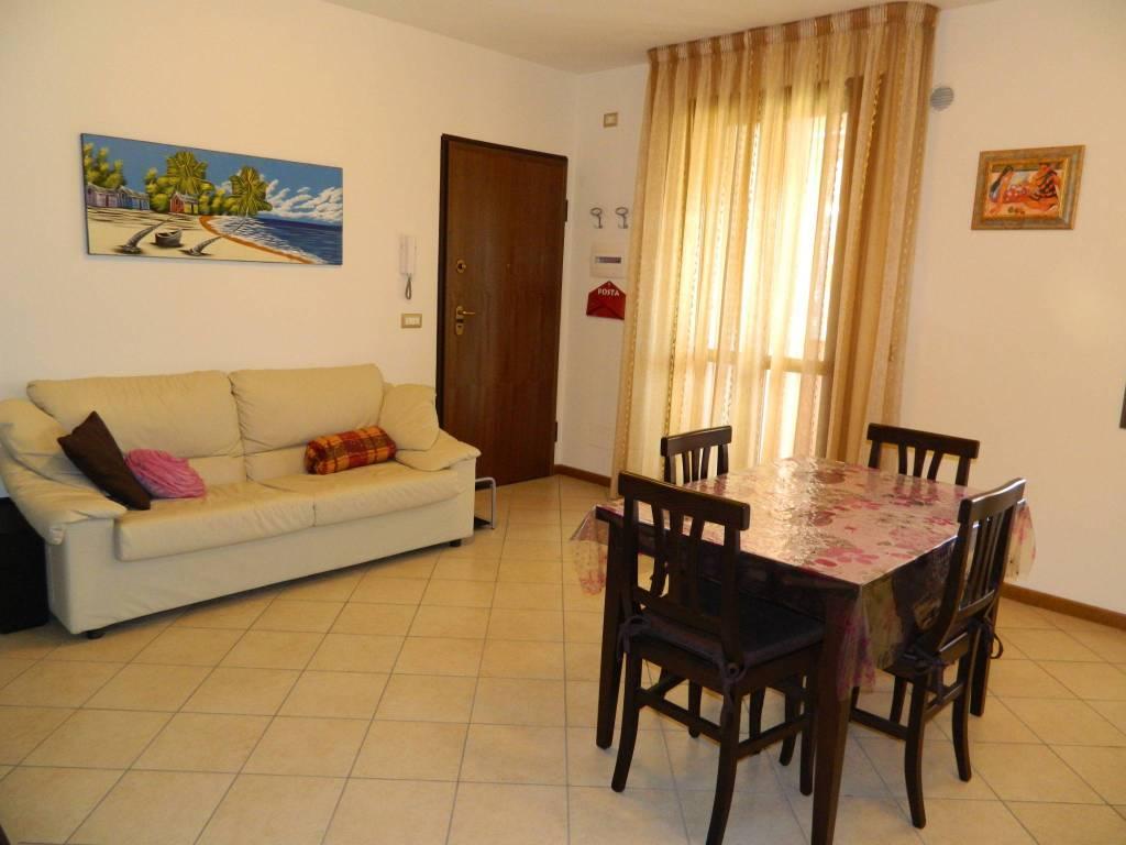 foto  3-room flat excellent condition, second floor, Campi Bisenzio