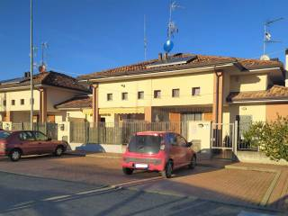 Photo - Terraced house via Guglielmo Marconi, Ferno
