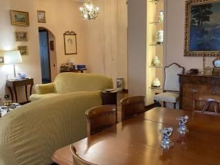 Фотография - Трехкомнатная квартира хорошее состояние, первый этаж, Milano